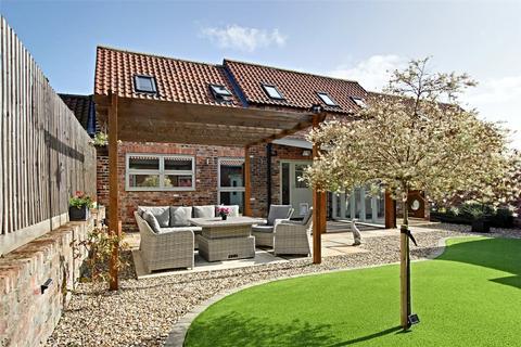 3 bedroom semi-detached house for sale - Corner Farm Drive, Brandesburton, Driffield, YO25