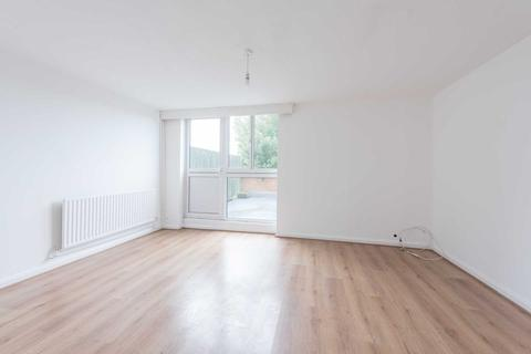 3 bedroom maisonette - Peabody Hill, West Dulwich