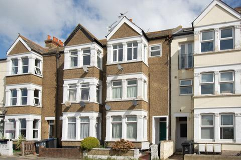 1 bedroom flat for sale - Albany Drive, Herne Bay, CT6