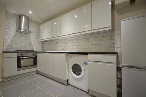 3 bedroom flat to rent - Hackney Road, London  E2