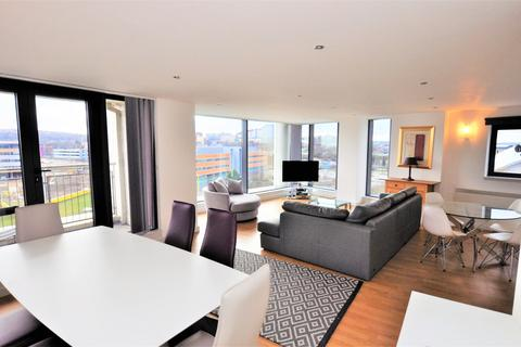 3 bedroom apartment for sale - Mill Road, Gateshead
