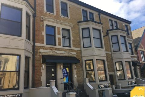 3 bedroom apartment to rent - Springfield Road, Blackpool FY1