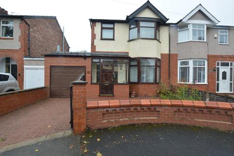 3 bedroom semi-detached house for sale - Colwell Ave,Stretford, M32