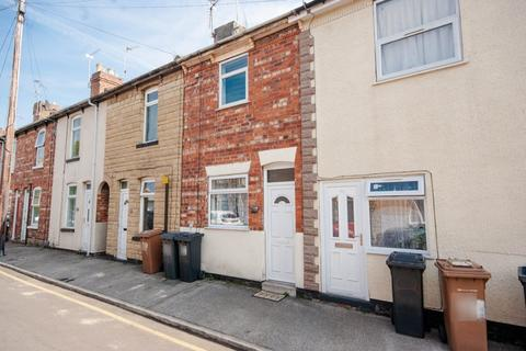 2 bedroom terraced house - Milton Street, Lincoln