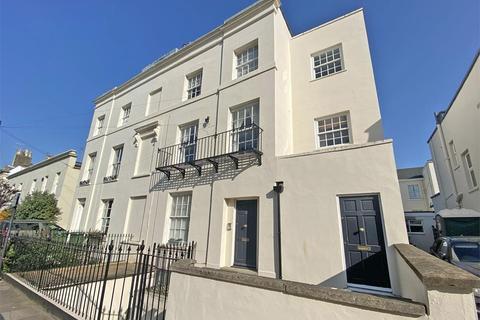 1 bedroom flat for sale - 13 Montpellier Villas, Cheltenham