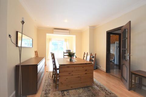 5 bedroom semi-detached house to rent - St Dunstans Avenue, East Acton, W3 6QD