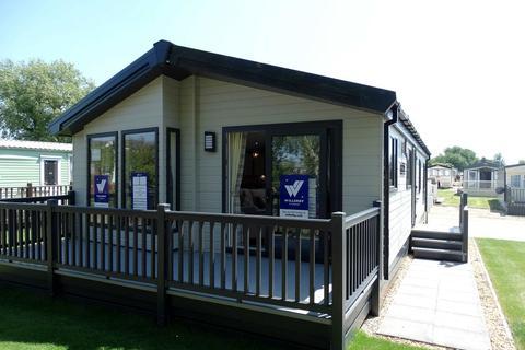 2 bedroom lodge for sale - 'Willerby Portland', Sunset Park Holiday Village, Sower Carr Lane, Hambleton, FY6 9EQ