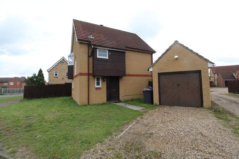 3 bedroom detached house to rent - The Chase, Brandon