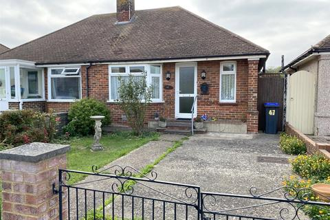 2 bedroom bungalow for sale - George V Avenue, Lancing, West Sussex, BN15