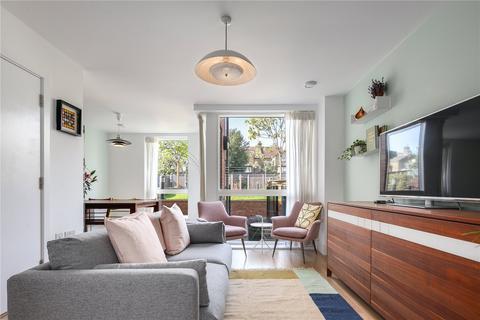 5 bedroom terraced house for sale - Mildenhall Road, London, E5