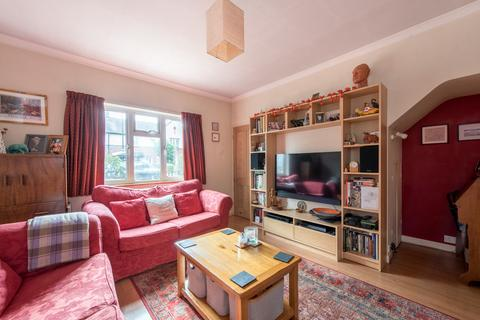 3 bedroom terraced house - Rectory Gardens, LONDON