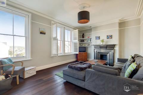3 bedroom apartment for sale - Dashwood Road, Crouch End N8