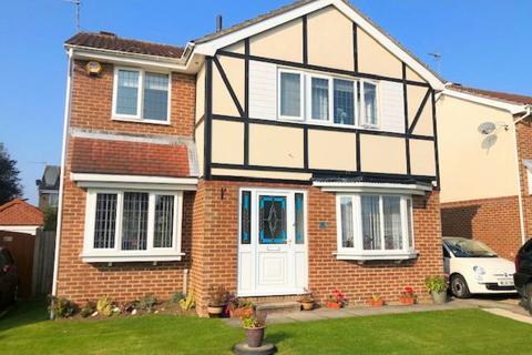 4 bedroom detached house for sale - Redwood Way, Bridlington