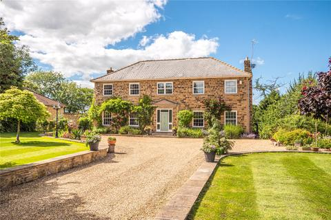 4 bedroom detached house for sale - Harewood Road, Collingham, Wetherby, West Yorkshire
