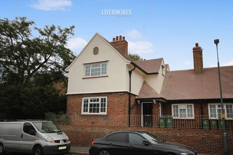 3 bedroom end of terrace house to rent - Iron Mill Lane, Crayford, Kent.