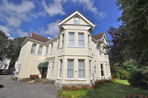 2 bedroom flat to rent - Percy Road, Boscombe Spa, Bournemouth