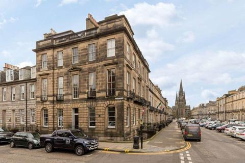 3 bedroom flat to rent - Stafford Street, West End, Edinburgh
