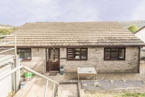 4 bedroom detached house for sale - Manor Park, Newport - REF# 00010941