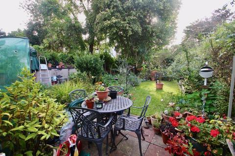 2 bedroom apartment for sale - 42 Magdalene Street, Glastonbury