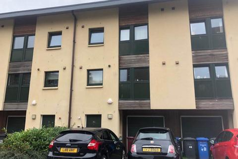 1 bedroom townhouse to rent - TOWNHOUSE ROOM TO LET, ,