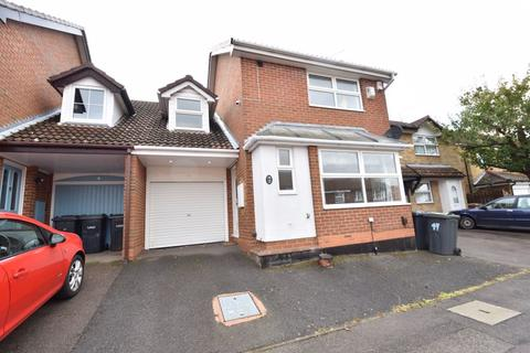 3 bedroom link detached house to rent - Whitehaven, Luton