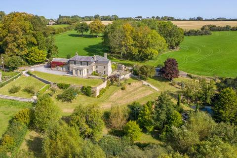 6 bedroom country house for sale - Country house-circa 42 acres, lodge & annexe