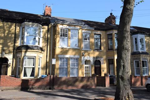 3 bedroom terraced house for sale - Boulevard, Hull
