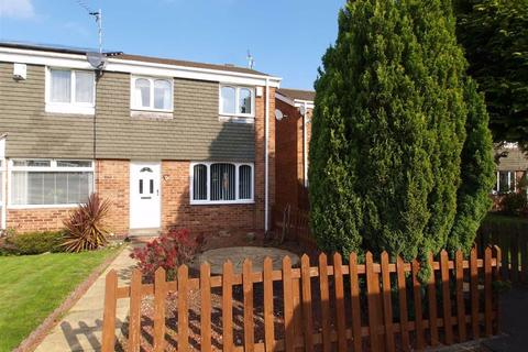 3 bedroom end of terrace house for sale - Orpington Road, Cramlington