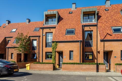 3 bedroom terraced house for sale - Lotherington Mews, Derwenthorpe, York