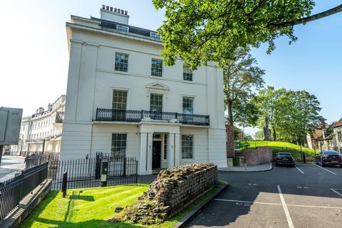 2 bedroom apartment for sale - St. Leonards Place, York