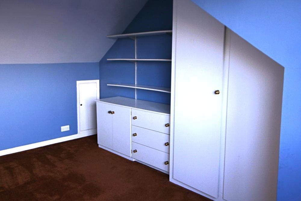 Bed 2 .JPG