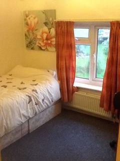 5 bedroom house share to rent - Queens Meadow, Cambridge