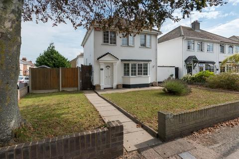 3 bedroom detached house for sale - 79, Minster Road, Westgate-On-Sea