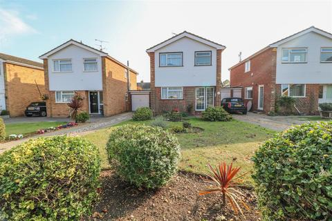 3 bedroom detached house for sale - Seabrook Gardens, Boreham, Chelmsford