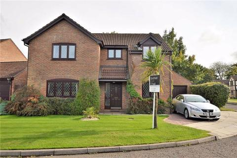 4 bedroom detached house for sale - Hillside View, Oxton, CH43