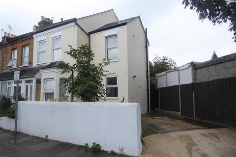 2 bedroom end of terrace house for sale - Bristow Road, Hounslow