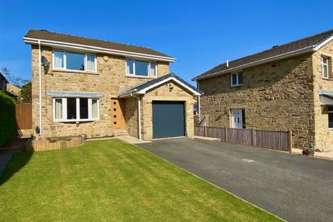 4 bedroom detached house for sale - The Ghyll, Fixby, Huddersfield, HD2