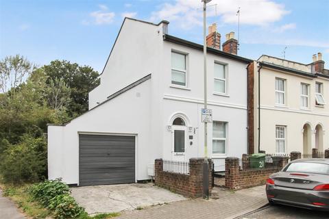 2 bedroom detached house for sale - Great Western Road, Cheltenham