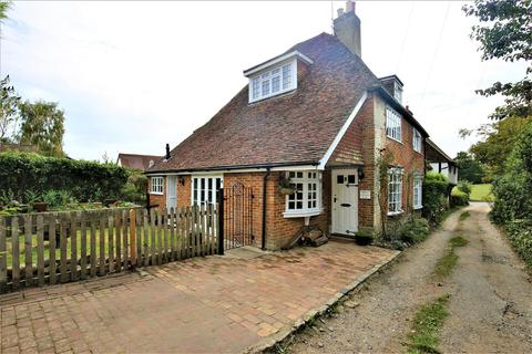 3 bedroom semi-detached house for sale - Colegate Drive, Bearsted, Maidstone