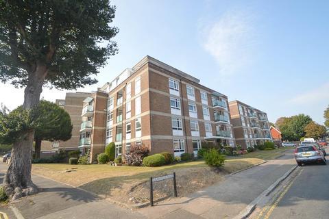 2 bedroom flat for sale - Granville Road, Eastbourne