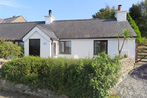 1 bedroom semi-detached house for sale - Cefn Du Cottages, Old Llandegfan, Anglesey