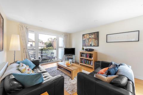 2 bedroom flat for sale - Rodenhurst Road, SW4