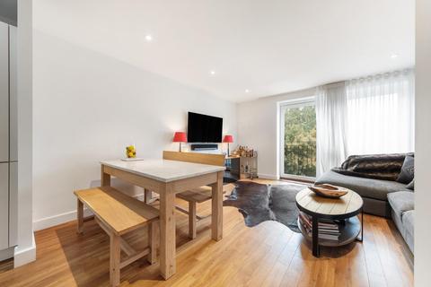 2 bedroom flat for sale - Milles Square, SW9