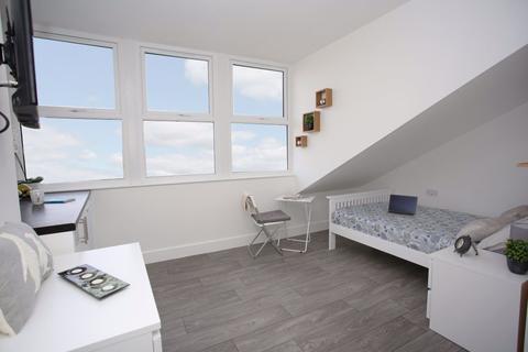 Studio to rent - studio - Cowper Street P11481