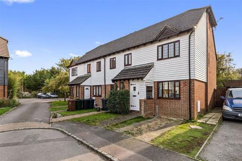2 bedroom end of terrace house for sale - Riverside Close, Kingsnorth, Ashford