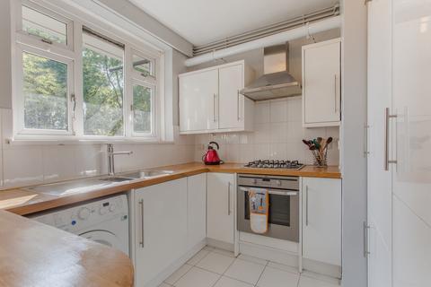 3 bedroom flat for sale - Sewardstone Road, E2