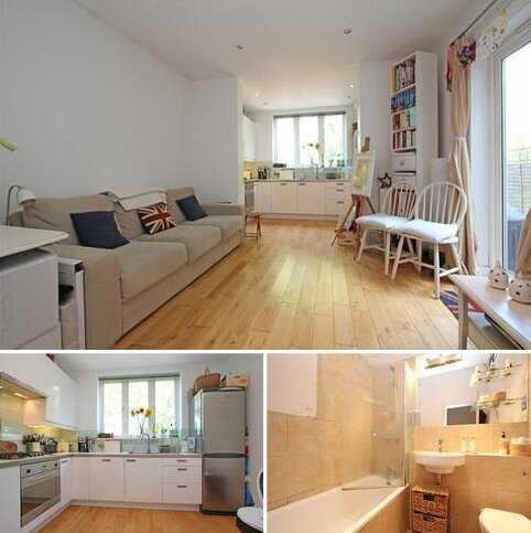 2 bedroom flat to rent - Home Park Road, London