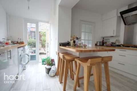 2 bedroom terraced house - Buller Road, Exeter