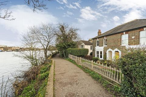 4 bedroom house to rent - Cambridge Cottages, Kew, TW9