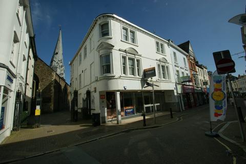 Retail property (high street) to rent - High Street, Barnstaple EX31